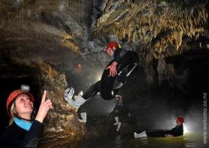 Blackwater Rafting and Hobbiton Movie Set Tour
